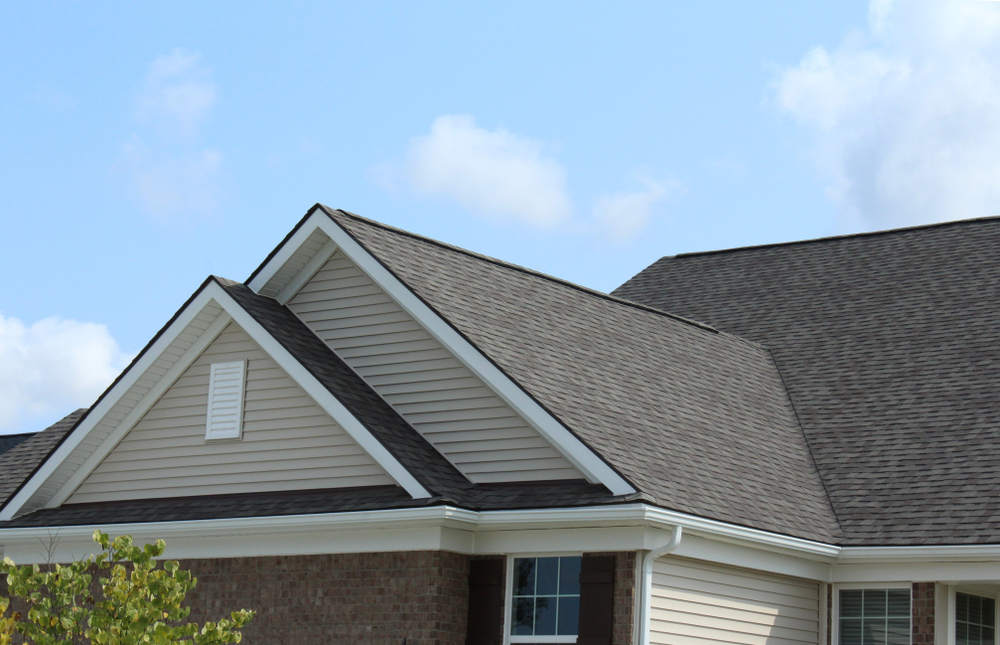 Reverse,Double,Gable,Close,Up,On,Residential,Home.,Roof,Line